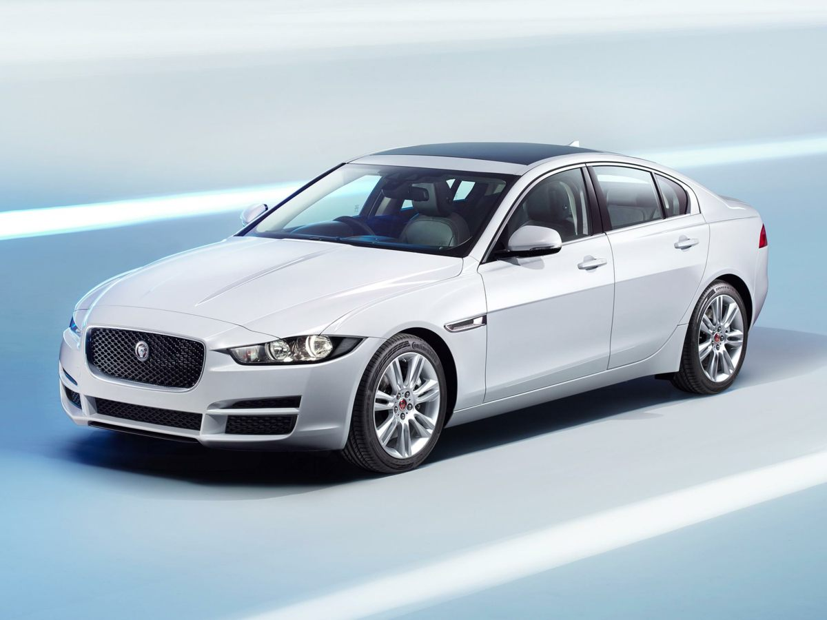 new 2017 jaguar xe 25t prestige 4d sedan in fort myers. Black Bedroom Furniture Sets. Home Design Ideas