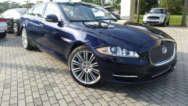 new 2015 jaguar xj xjl portfolio 4d sedan in fort myers. Black Bedroom Furniture Sets. Home Design Ideas